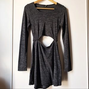 Aritzia Wilfred grey long sleeve Solange dress